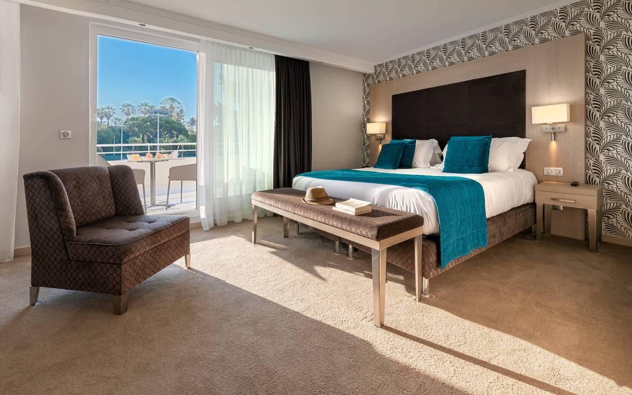 Chambre Deluxe avec balcon, hotel luxe cannes, Juliana Hotel Cannes