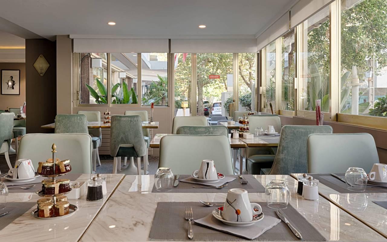 salle du petit-déjeuner, boutique hotel cannes, Juliana Hotel Cannes